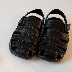 Toddler Boys Black Closed Toe Sandals